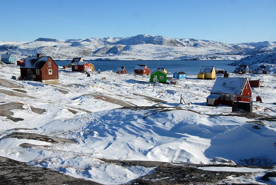 La beauté glacée du Groenland et ses problèmes sociaux