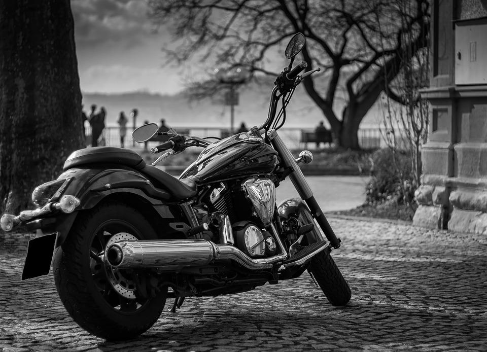 Ce que vous pouvez conduire sans permis et sur les meilleurs motos du monde